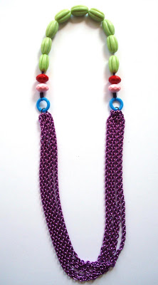 green-beads-violet-chain-l